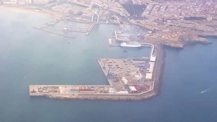 puerto avión 6